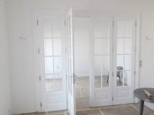 Klasszikus stílusú 4 szárnyas térelválasztó ajtó.jpg